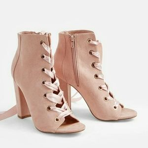 !NEW! Blush Pink Lace-up Booties